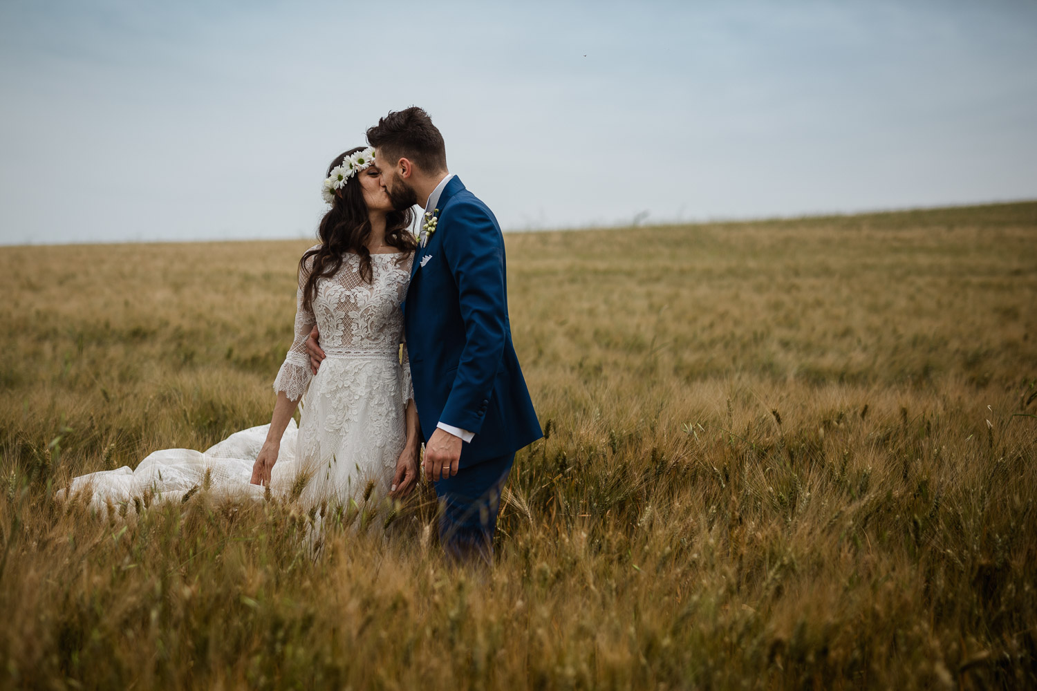 destination wedding and elopement photography in italy, le marche, fermo
